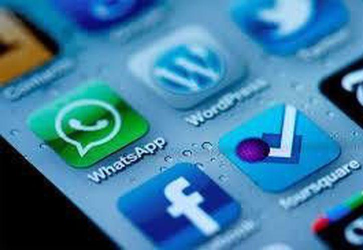 WhatsApp suspenderá las cuentas de los usuarios bloqueados por muchos de sus contactos.(Contexto/Internet)