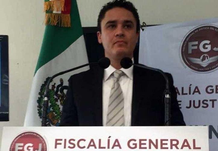 Miguel Angel Tostado, fiscal regional del Valle de México en Homicidios, informó que la banda contactaba a personas que pretendían vender sus vehículos. (Excélsior)