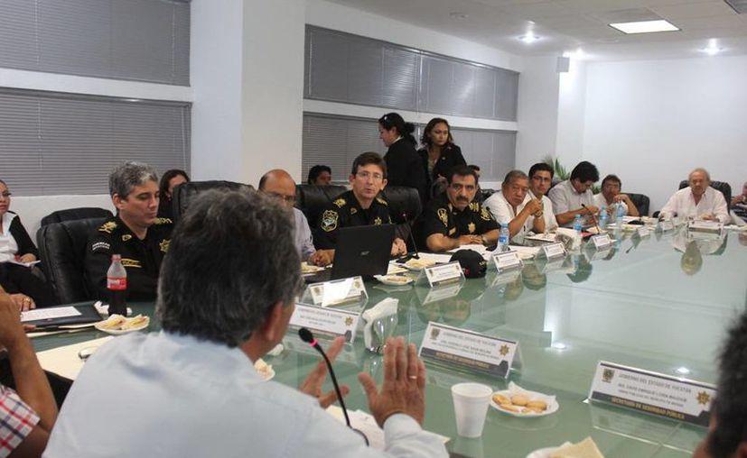 El Consejo Consultivo de Tránsito y Vialidad acordó seguir con trabajos en la avenida Mérida 2000. (SIPSE)