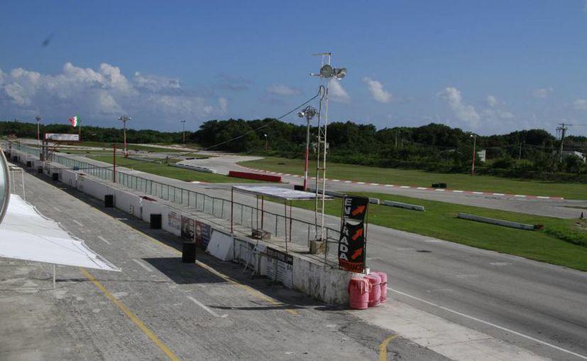 El proyecto Tech Garage estará en el autódromo de esta ciudad. (Tomás Álvarez/SIPSE)