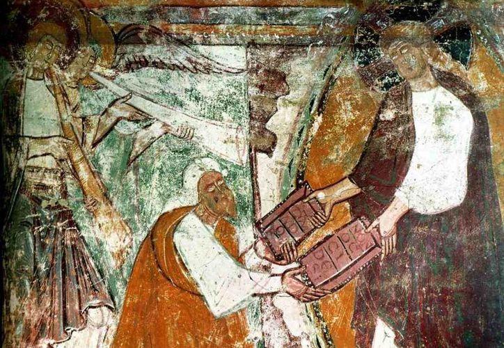 Dios guía y envía a Moisés a que no quede ajeno al drama de su pueblo. (preguntasantoral.es)