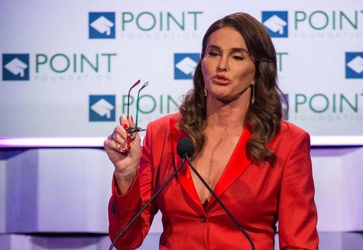 Caitlyn Jenner ha mostrado su apoyo en varias ocasiones a la linea republicana, la cual es considerada como una fuerza adversaria a las peticiones de la comunidad LGBT. (Archivo AP)