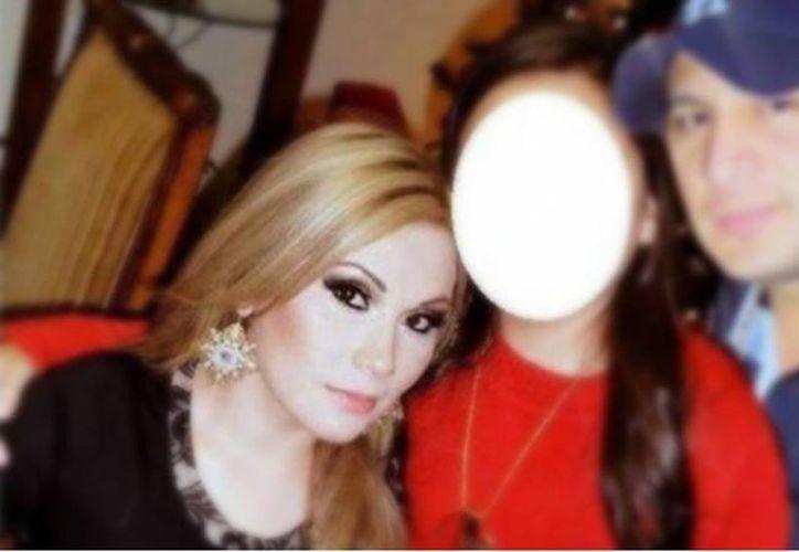 Blanca Vianey Durán Brambila, quien fuera pareja del cantante Valentín Elizalde, fue asesinada a balazos la tarde de este lunes en Ciudad Obregón, Sonora. (@michangoonga)