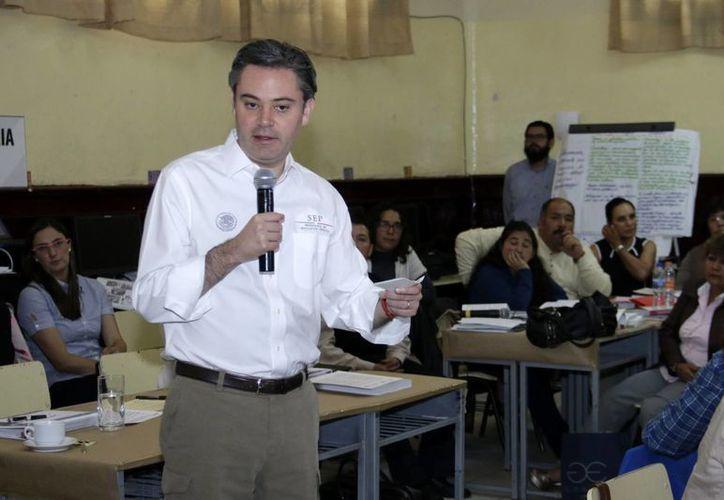 El secretario de Educación Pública, Aurelio Nuño Mayer, aseveró que se aplicará la ley a las escuelas que no abran este lunes. (Archivo/Notimex)