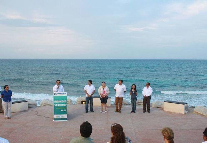 La presentación de la obra fue encabezada por el alcalde. (Lanrry Parra/SIPSE)