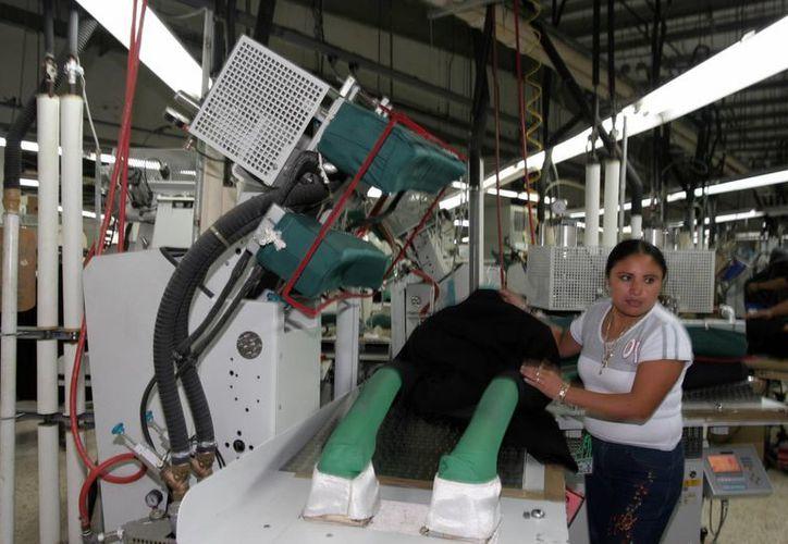 El Gobierno Federal convoca a concursar a todos los trabajadores yucatecos. (Milenio Novedades)