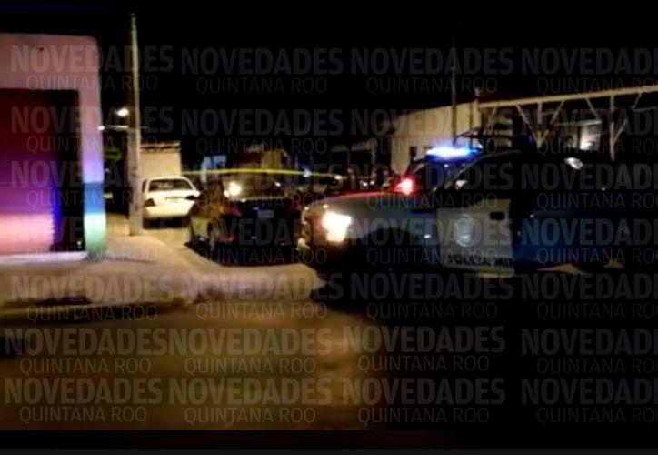 Policías municipales atendieron el reporte de los hechos. (Redacción)