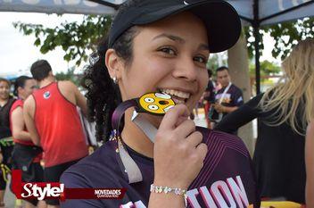 """Muchos emojis en la carrera """"Unidos por la Paz"""" en Cancún"""