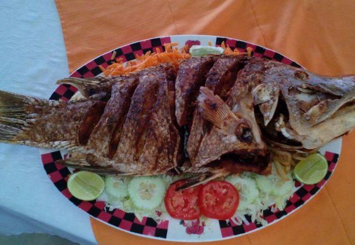 El pescado pibil es muy rico, fácil de preparar y con un alto valor nutricional. (Ángel Castilla/SIPSE)