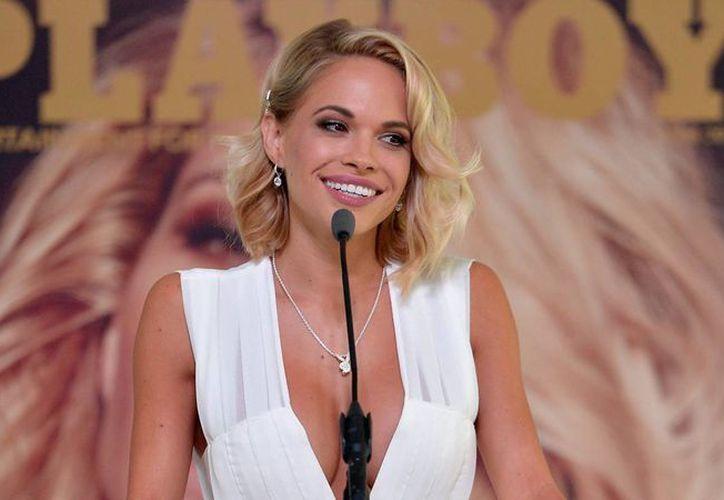 La exmodelo de Playboy, Dani Mathers, pidió disculpas, pero es investigada por publicar en redes sociales la foto de una mujer desnuda en un gimnasio. (inusanews.com)