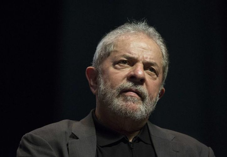 Luis Inácio 'Lula' da Silva encabeza las encuestas para la elección presidencial brasileña de 2018. (AP)