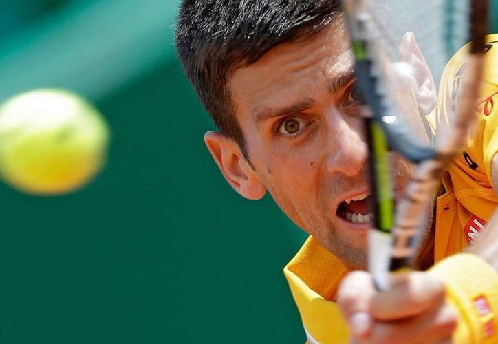 Novak Djokovic avanzó sin problemas a las semifinales del abierto de Montecarlo. (AP)