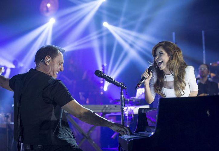 El nuevo álbum de Franco de Vita incluye duetos con una gama de artistas consagrados, como la mexicana Gloria Trevi. (Agencias)