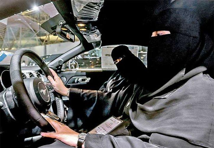 Una mujer reconoce que se vestía como un hombre y practicaba en las calles cercanas a su casa. (DPA)