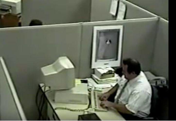 La secuencia fue grabada en 1997 por unas cámaras de vigilancia. (Captura Pantalla)