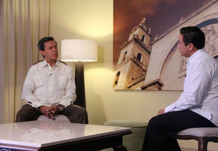 El empresario Carlos Peralta Quintero, presidente y director general del Grupo IUSA, destacó el potencial energético de la Península de Yucatán. (José Acosta/SIPSE)