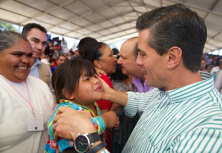 El Presidente indicó que la Cruzada contra el Hambre ha beneficiado a poco más de tres millones de mexicanos. (Presidencia)