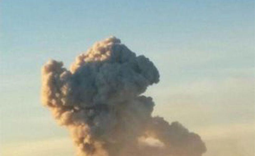 El Volcán de Colima es considerado activo e importante, por lo cual la Universidad de Colima lleva un monitoreo continuo y constante. (twitter.com/PCJalisco)