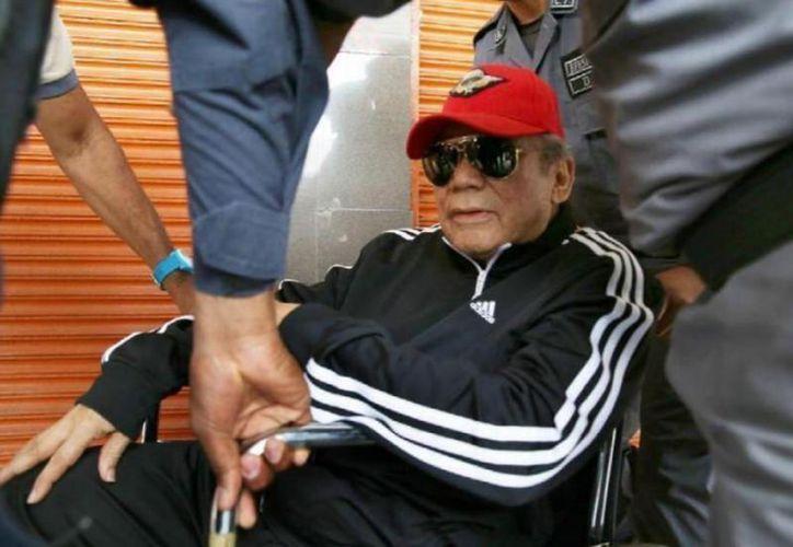 Las autoridades judiciales permitieron que Noriega fuese excarcelado temporalmente hace un mes para que se preparara para la cirugía. (twitter.com/UltimaHoraPma)