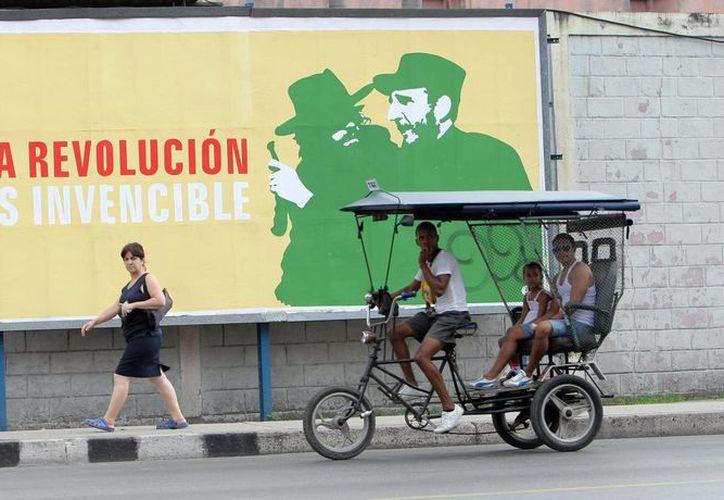 Las fiestas por el aniversario de la Revolución Cubana se prolongarán hasta el día 3 de enero. (EFE)