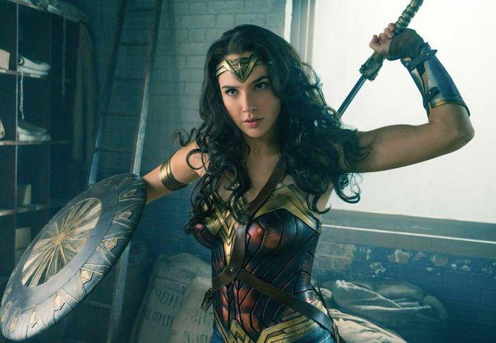 Gadot estuvo a punto de no filmar 'Wonder Woman 2', por el productor acusado de acoso. (Foto: Contexto)