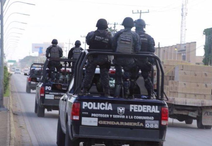 El detenido fue trasladado a Cancún y puesto a disposición del Ministerio Público. (Eric Galindo/SIPSE)