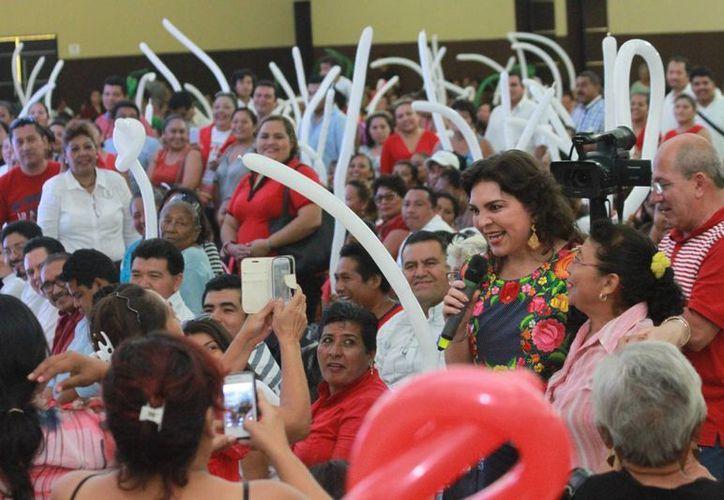 Marina González Zihel, representante estatal de la Organización Nacional de Mujeres Priistas (Onmpri), dijo que deberá considerarse a la mujer en la próxima contienda electoral. (Gerardo Amaro/SIPSE)