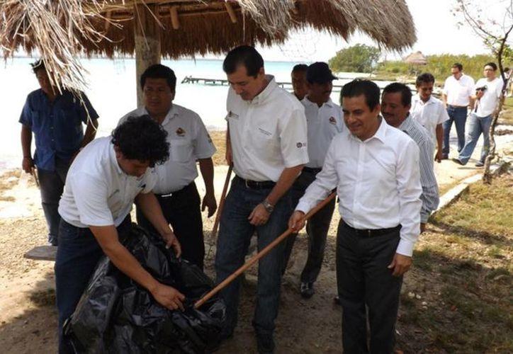 Bacalar, Othón P. Blanco, Solidaridad, y Benito Juárez se unen a la Hora del Planeta con el objetivo de generar mayor conciencia y fortalecer el eje de Quintana Roo. (Redacción/SIPSE)