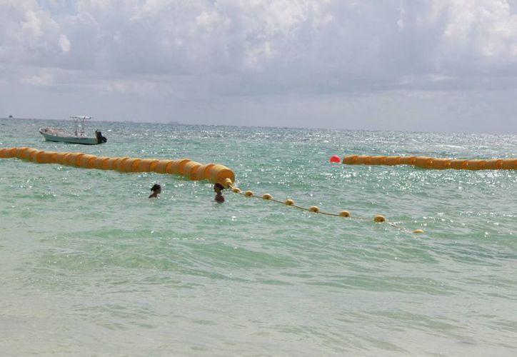 Pretenden reducir el riesgo de accidentes entre bañistas y embarcaciones. (Adrián Barreto/SIPSE)
