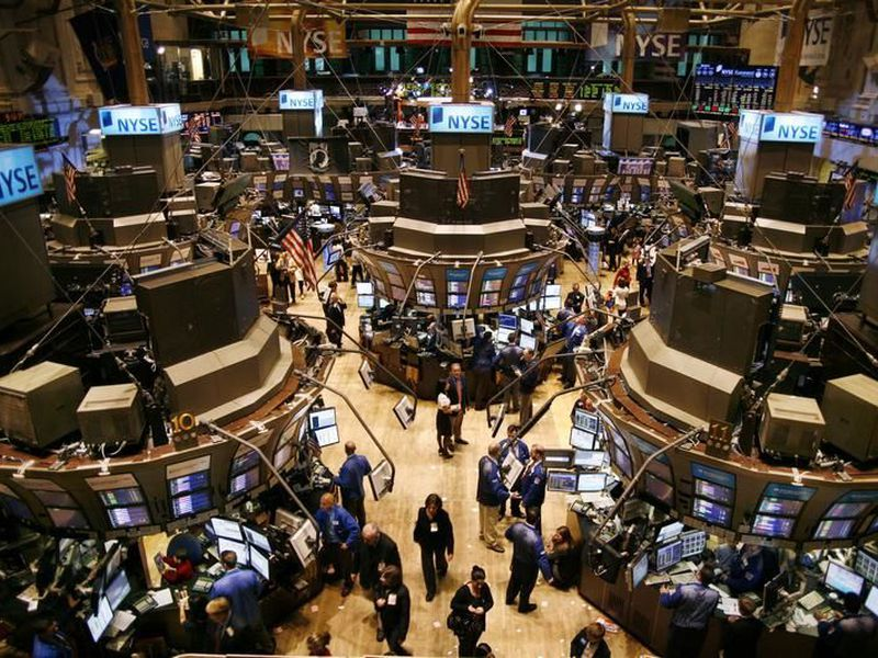 Wall Street is forecasting the strongest growth in seven years for S&P 500 companies, and the hope has been that healthy profit reports will steady the market. (Internet)