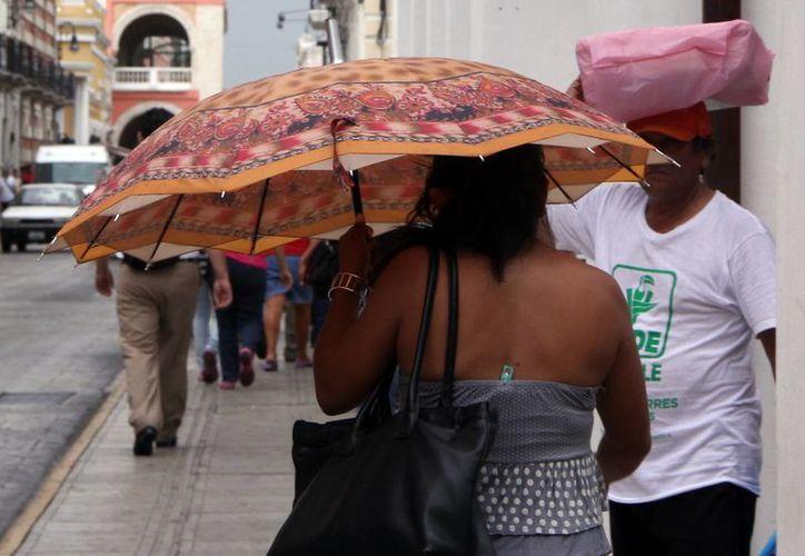 Para por lo menos este martes y miércoles el Centro Hidrometeorológico Regional de Mérida prevé lluvias con tormentas eléctricas por la tarde. (SIPSE)