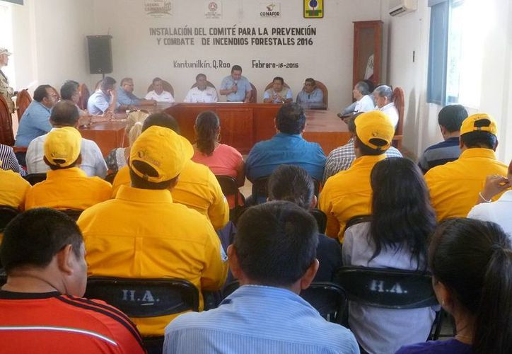 Se instaló el comité en la sala de juntas del Ayuntamiento. (Raúl Balam/SIPSE)