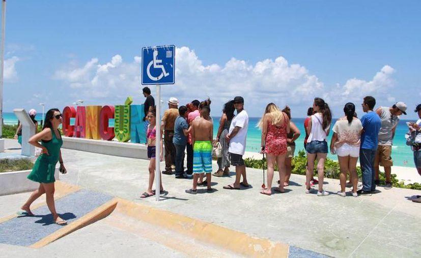 Han sido defraudados a varios turistas extranjeros y nacionales. (Redacción/SIPSE)