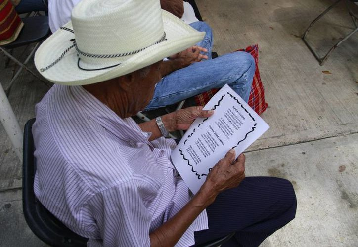 La Universidad del Sur dará descuento a los abuelitos. (Tomás Álvarez/SIPSE)