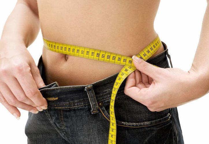 Bajar de peso o mantenerse en el peso ideal es el objetivo de la mayoría de las personas. (enforma.salud180.com)