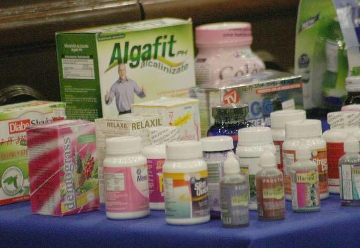 Cofepris afirmó que se duplicaron las acciones de verificación sanitaria contra los productos milagro en todo el país. (Archivo/SIPSE)