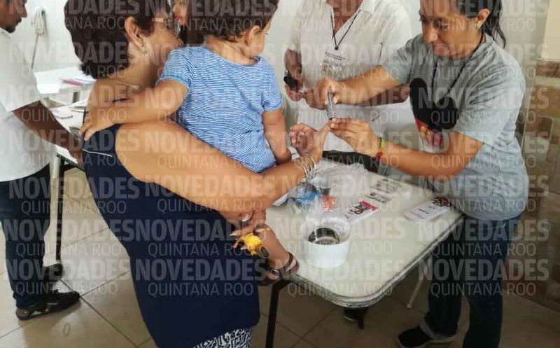 Se registró el primer voto en la casilla 351 básica. (Miguel Maldonado/SIPSE)