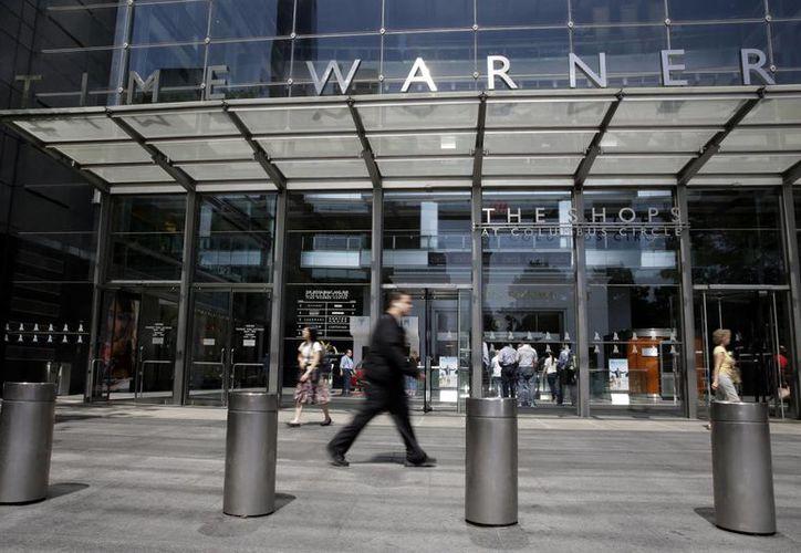 El gigante de telecomunicaciones AT&T adquirió a la compañía de entretenimiento Time Warner por 85 mil 400 millones de dólares. (AP/Mary Altaffer)