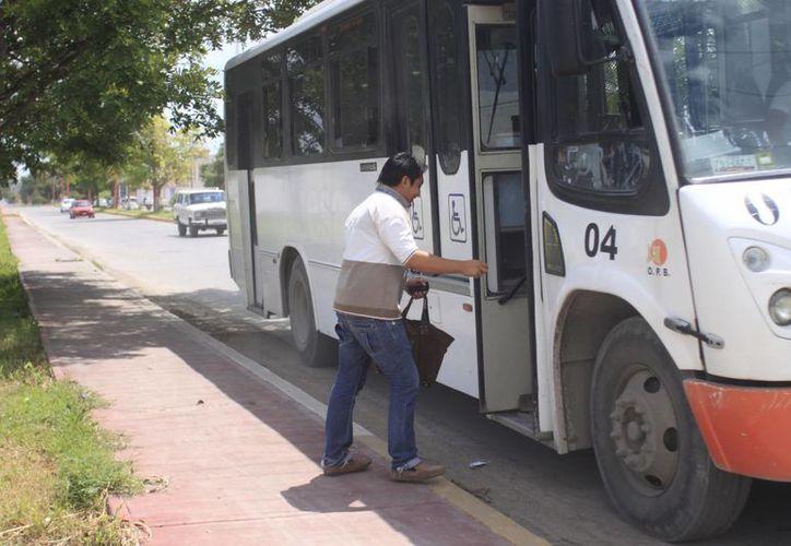 Las autoridades municipales no sólo se enfocarán en revisar las rutas, sino que también en ampliar el horario. (Harold Alcocer/SIPSE)