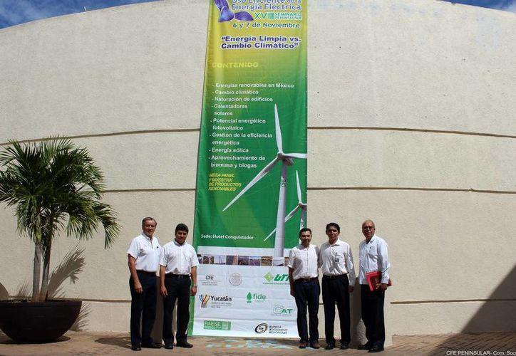 Los organizadores del seminario promoverán los nuevos instrumentos de ahorro de energía durante el seminario. (Luis Pérez/SIPSE)