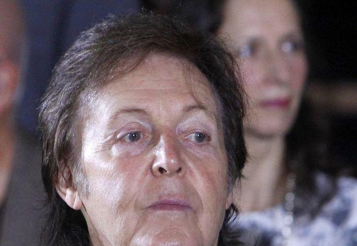 McCartney esperaba sentirse mejor para ofrecer su show el domingo y lunes en Tokyo. (AP)
