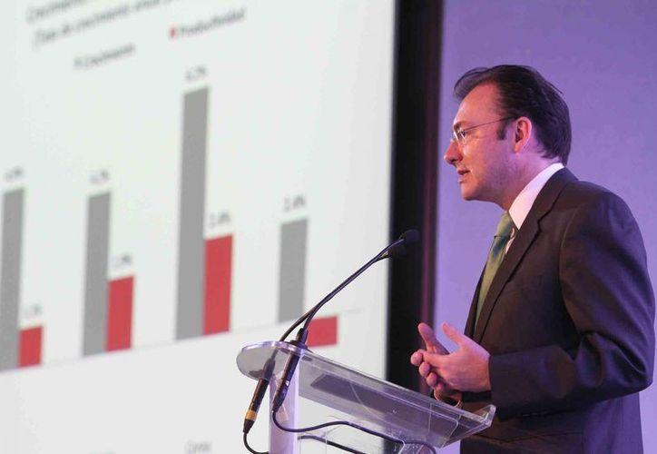 Las reformas son necesarias para mejorar la economía, asegura Videgaray. (Notimex)
