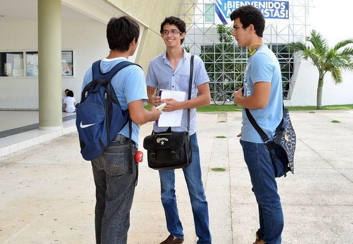 En el sector privado se invierten hasta 756 mil 200 pesos en la educación. (Milenio)