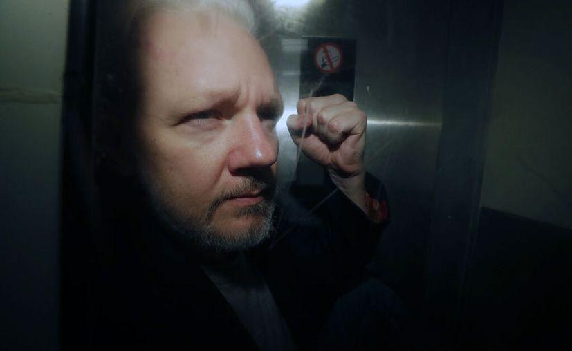 """""""Assange está donde tiene que estar, encarcelado"""", dijo secretario del Interior de Gran Bretaña. (AP Foto/Matt Dunham, Archivo)"""