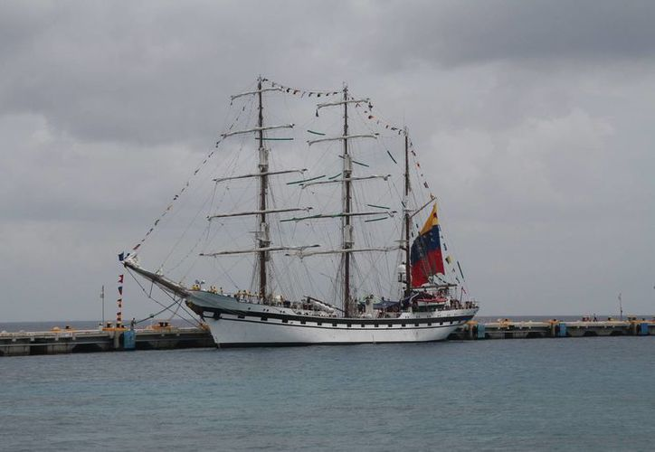 El buque puede ser visitado por los cozumeleños. (Julián Miranda/SIPSE)