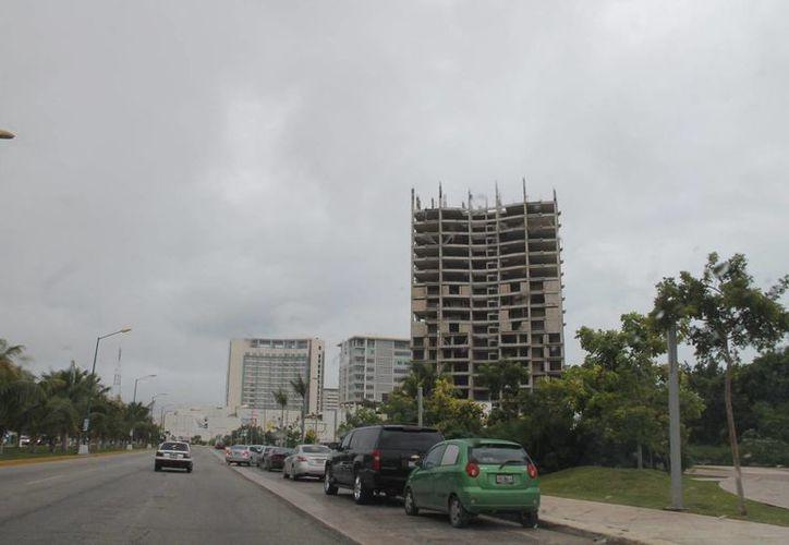 Reforma Hacendaria afectaría créditos hipotecarios y la adquisición de terrenos para construir. (Israel Leal/SIPSE)