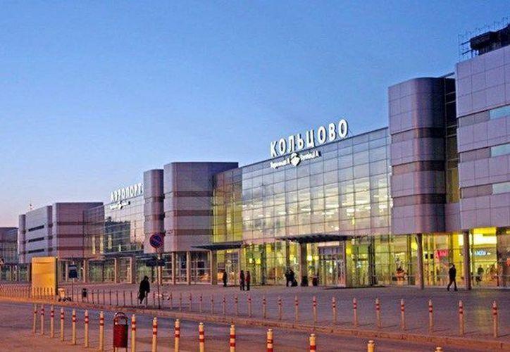 Aficionados al Tri hicieron cosas malas en el aeropuerto de Ekaterimburgo, tras la derrota de México ante Suecia (Foto: tourgratisrusia.com)