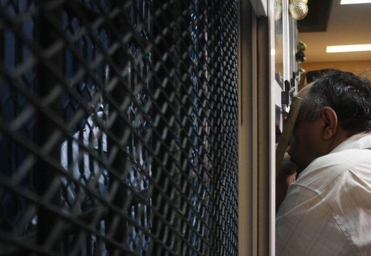 Los secuestradores de la banda 'Los Cruz', varios de los cuales ya están presos, grababan videos donde exhibían el maltrato a sus víctimas, para presionar en el pago de los rescates. (Notimex/Foto de contexto)
