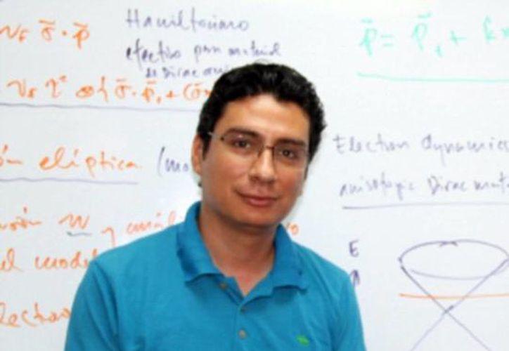 Guillermo Cordourier Maruri presentó su investigación en la 65a. Reunión Lindau. (Milenio Novedades)