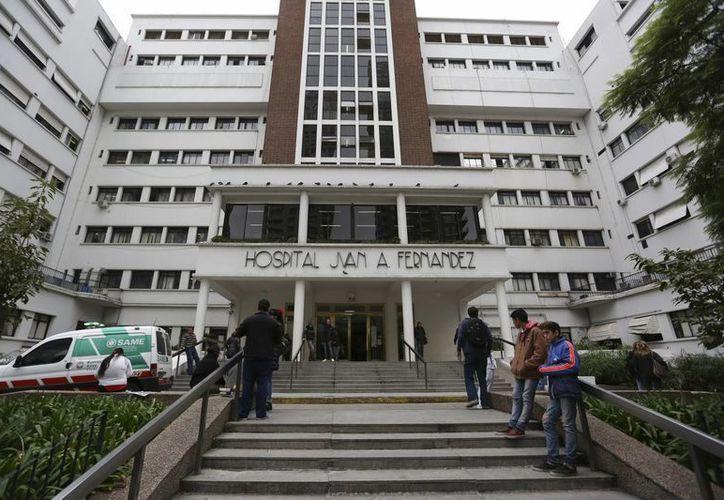 En el Hospital Juan Fernández en Buenos Aires, aún permanecen algunos jóvenes hospitalizados tras una fiesta electrónica en la capital argentina. (EFE/archivo)